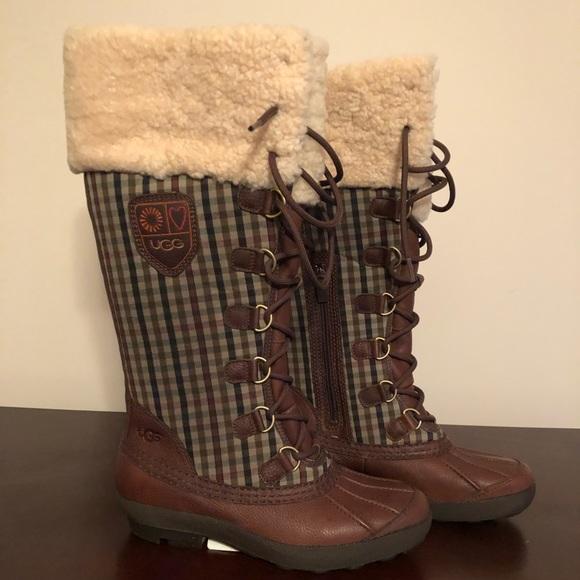 988933684f8 NWT Ugg Edmonton Snow Boots NWT